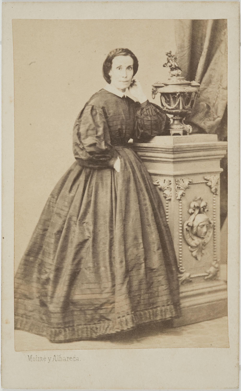 Moliné y Albareda. Barcelona - Retrat de dona - Cap a 1860