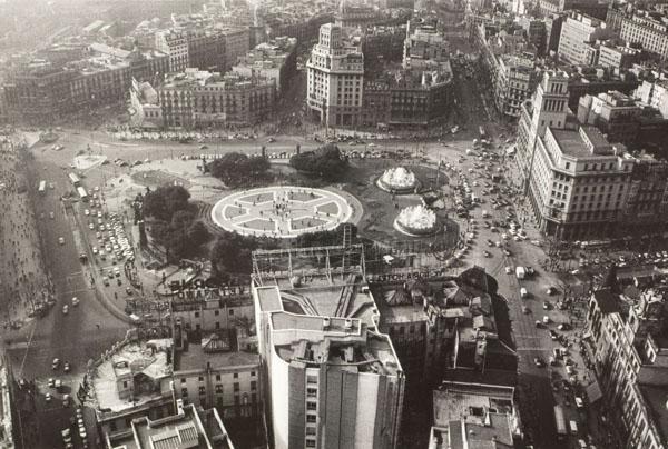 Oriol Maspons - Sense títol [Plaça Catalunya, Barcelona] - Cap a 1971