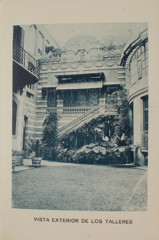 Napoleón. Establecimiento de daguerrotipo y fotografía. Barcelona - Estudi Fotogràfic Napoleón. Vista exterior dels tallers - 1895