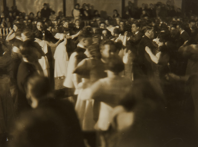Pere Català Pic - Ball de gala. Joventut, bellesa, esplendor, dansa, potser prometences i tot - 1931
