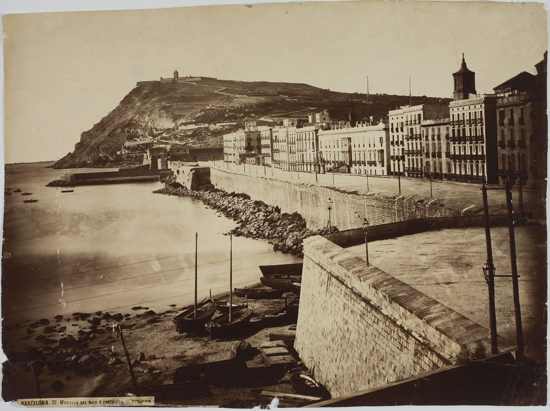 Charles Clifford - Muralla del mar y fortaleza de Montjuich (Barcelona) - 1860