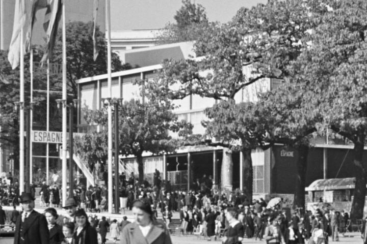 Pabellon de la Republica - Exposition Internationale des Arts et Techniques dans la Vie Moderne 18 (detall) | Séeberger frères / Centre des monuments nationaux