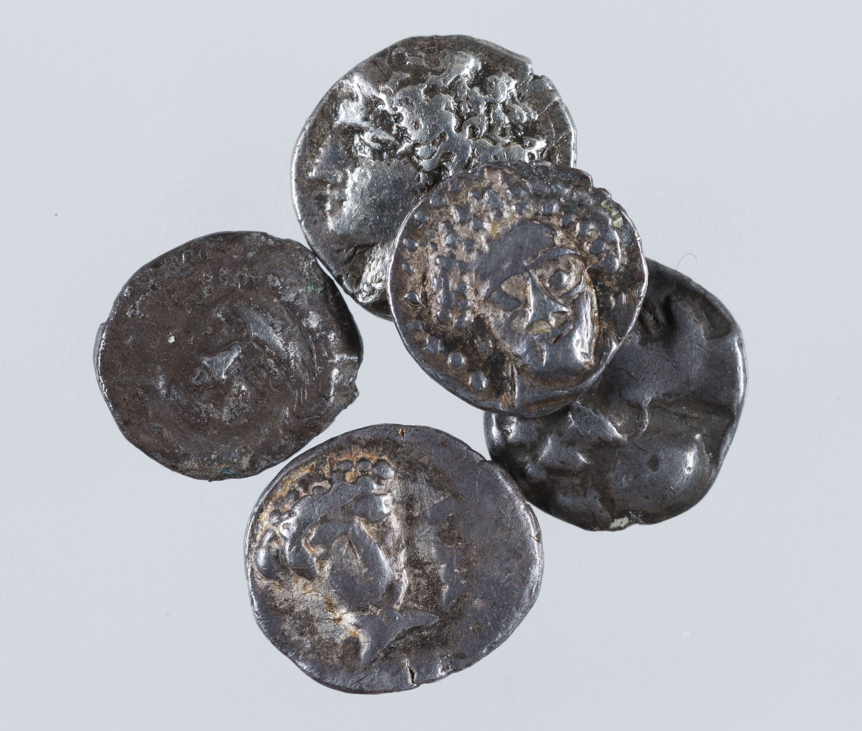 Emporion - Tresor de Roses, troballa de fraccionàries d'Emporion - Segle IV aC