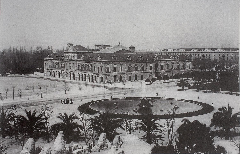 1905 Antic Arsenal de la Ciutadella, seu del Museu d'Art Decoratiu i Arqueològic