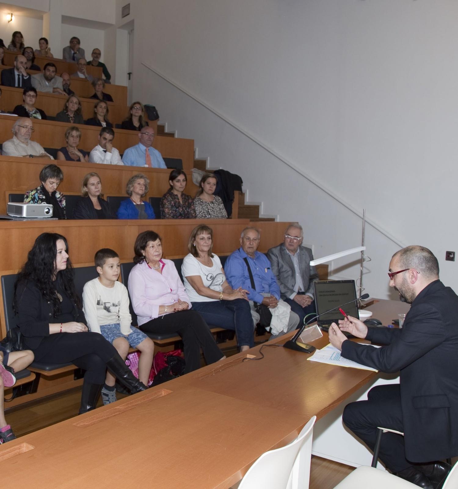 Conferència inaugural a càrrec d'Eduard Vallès, comissari
