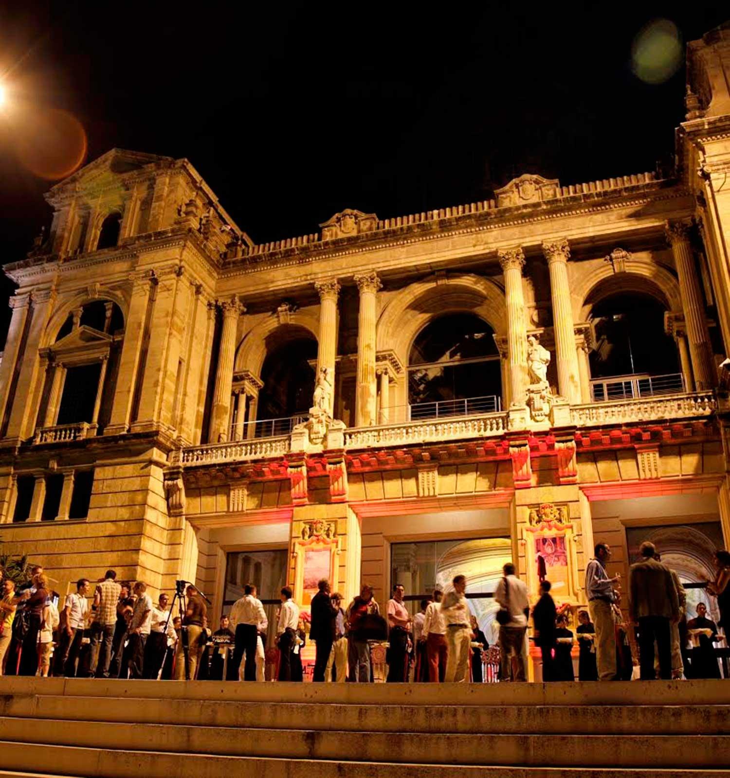 Museu Nacional - La Terrassa del Museu Nacional