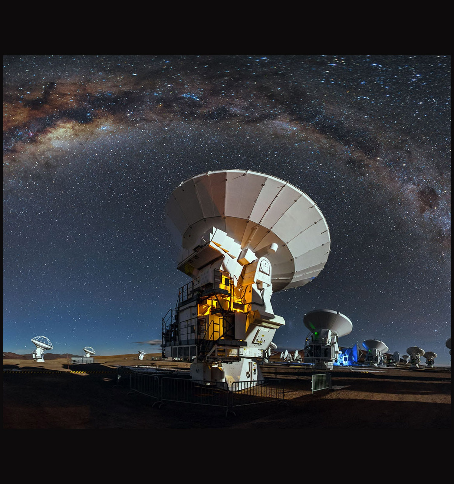 Antennas of the Atacama Large Millimeter/submilimeter Array.  Credit: A. Duro/ESO