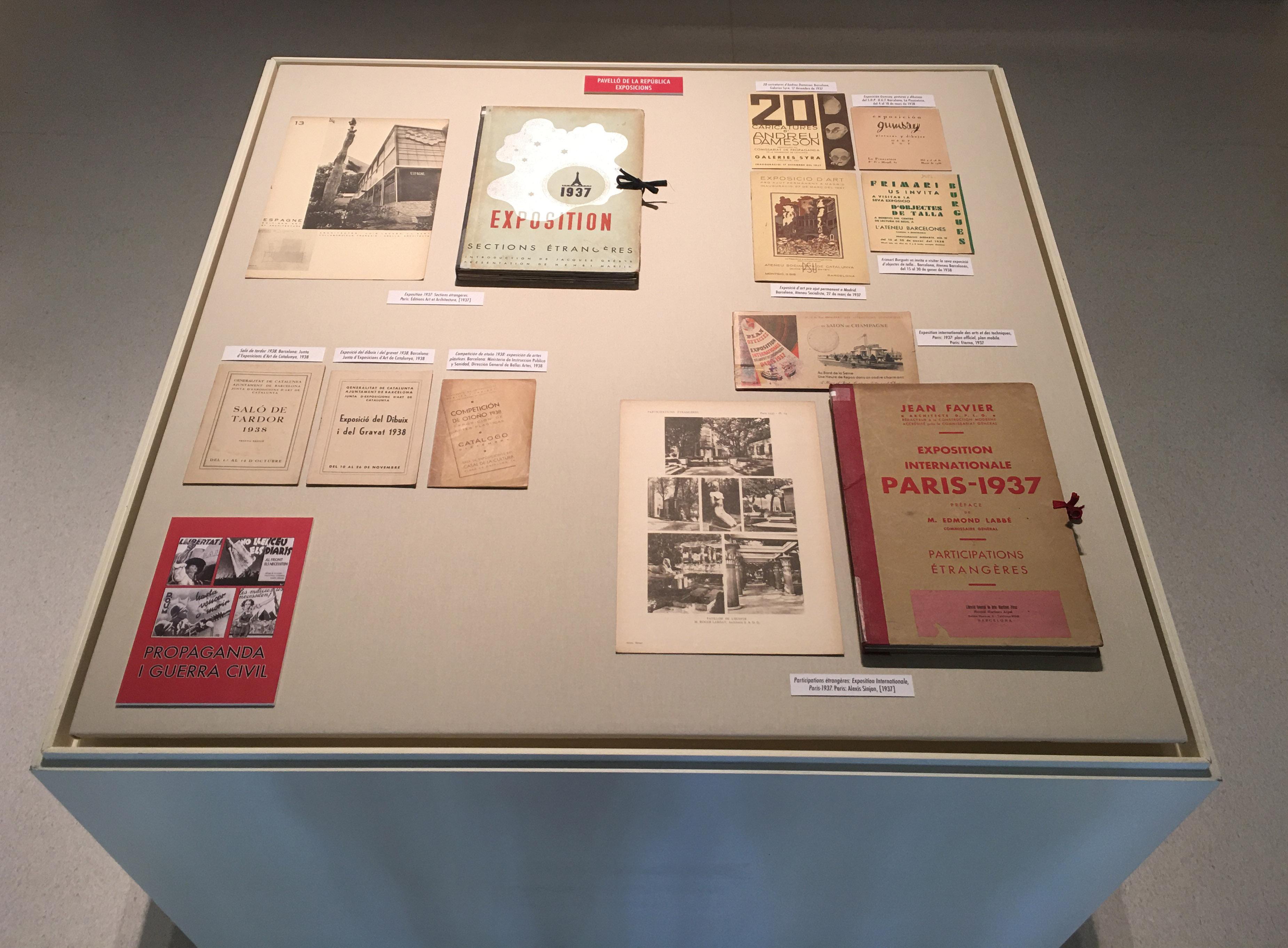VITRINA 2 | exposició virtual sobre propaganda i guerra civil