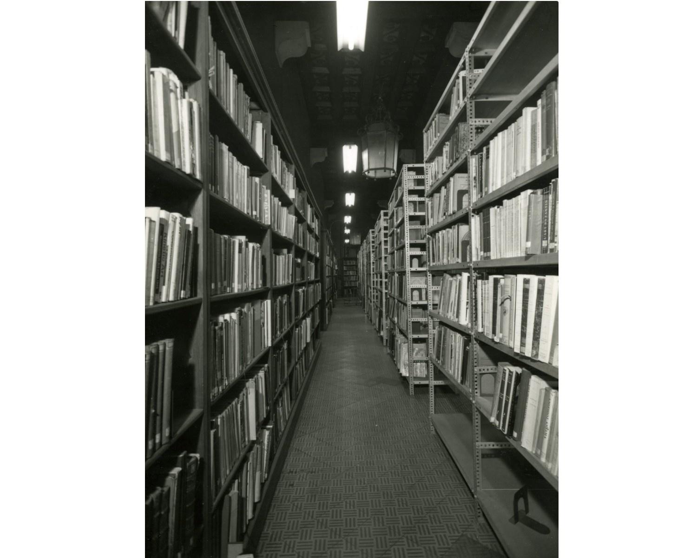 Dipòsit de la Biblioteca de l'antic Arsenal de la Ciutadella