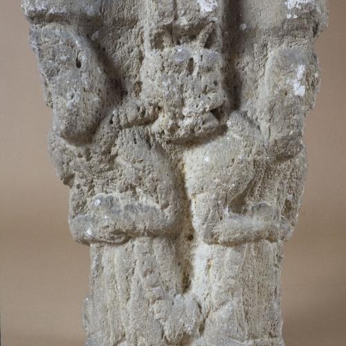 Anònim - Capitell de Sant Pere de Besalú - Cap a 1200 [2]