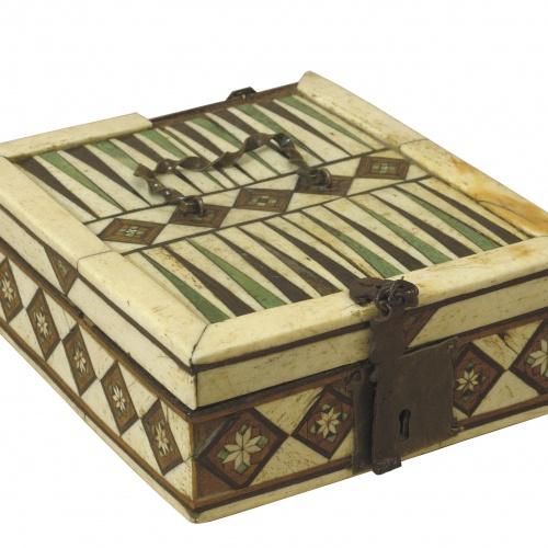 Anònim. Nord d'Itàlia - Capsa de jocs amb taulers de jaquet i escacs - Segle XV