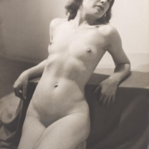 Otho Lloyd - Nu femení - Cap a 1944-1950