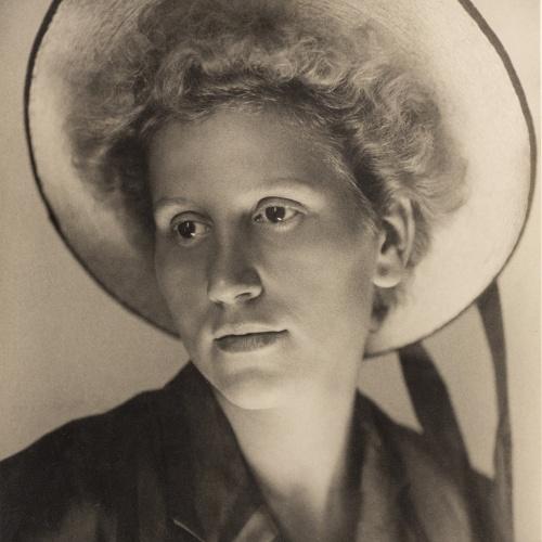 Otho Lloyd - Retrat de noia - Cap a 1945