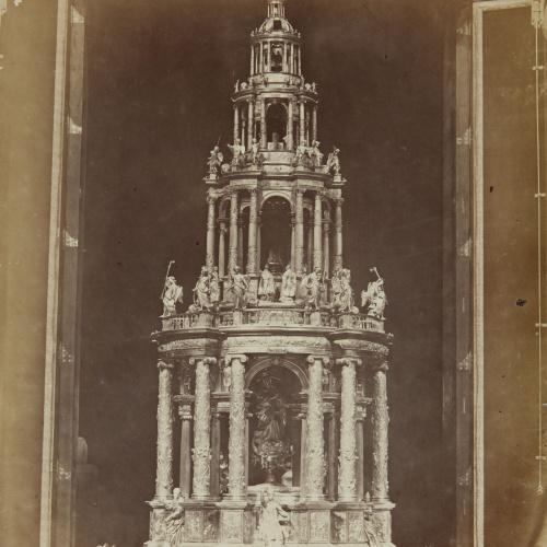 Jean Laurent - Séville. Grand ostensoir en argent, oeuvre de J. de Arfé, (dans la cathédrale) - Circa 1865