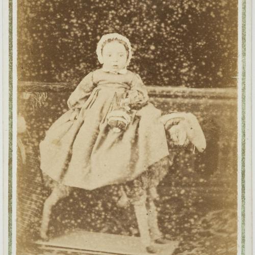 Napoleón. Establecimiento de daguerrotipo y fotografía. Barcelona - Retrat de nen petit - Cap a 1860