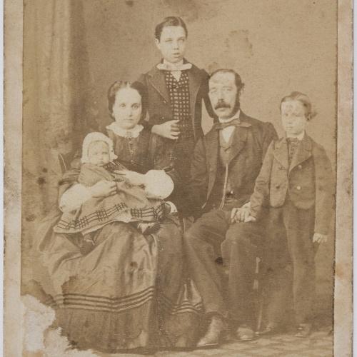 Moliné y Albareda. Barcelona - Family portrait - Circa 1860