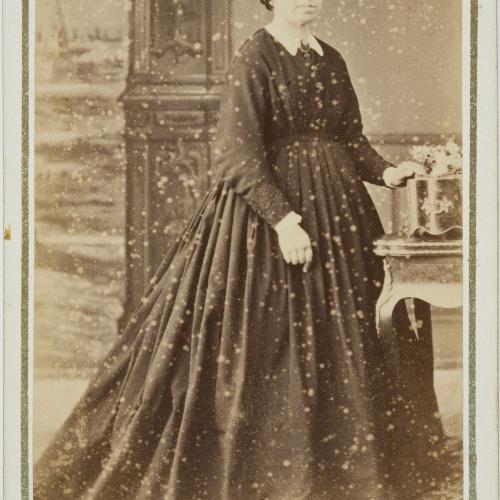 Napoleón. Establecimiento de daguerrotipo y fotografía. Barcelona - Portrait of a woman - Circa 1860