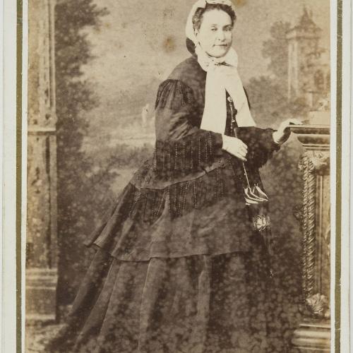 Napoleón. Establecimiento de daguerrotipo y fotografía. Barcelona - Retrat de dona - Cap a 1860