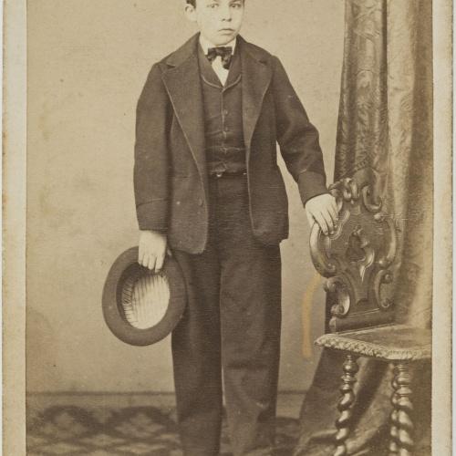 Moliné y Albareda. Barcelona - Portrait of a boy - Circa 1863