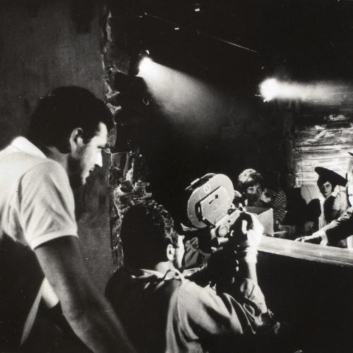 Oriol Maspons - Sense títol (Escena del rodatge de la pel·lícula «Lejos de los árboles» de Jacinto Esteva) - Cap a 1970
