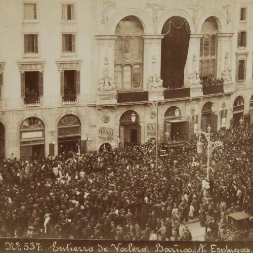 Antoni Esplugas Puig - Entierro de Valero (Barcelona) (Burial of Valero. Barcelona) - 1891