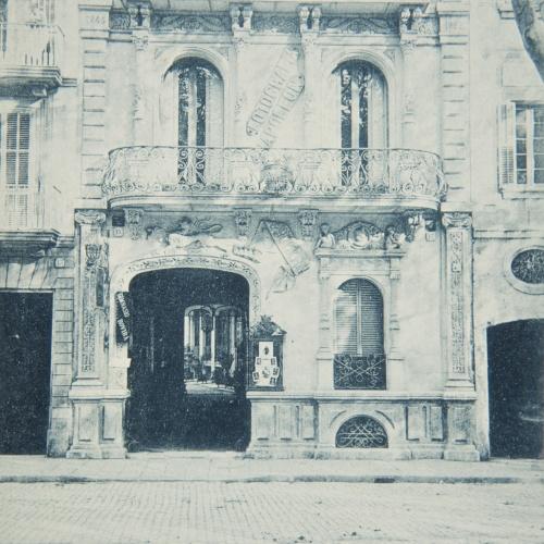 Napoleón. Establecimiento de daguerrotipo y fotografía. Barcelona - Estudi Fotogràfic Napoleón. Façana de l'edifici - 1895