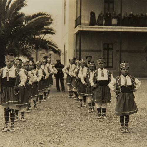 Pere Català Pic - Ball de la Primera. Dansa de gràcia infantil - 1931
